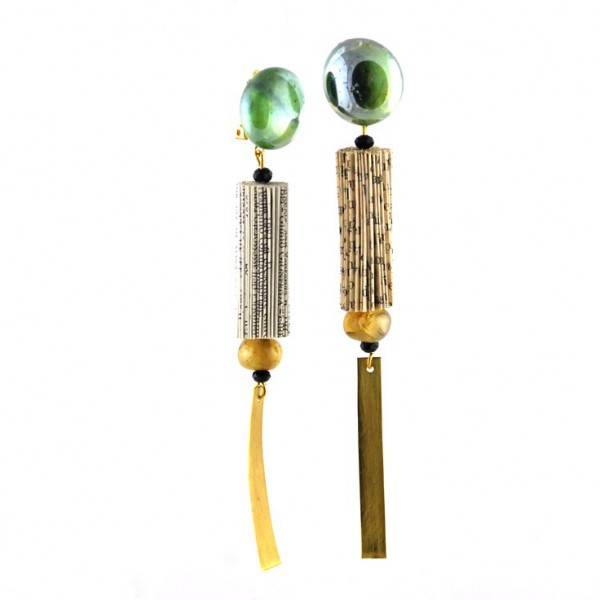 crizu_barely_necessary_jewellery_italy_design_earrings_saba__1
