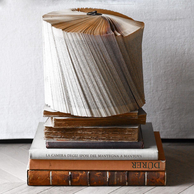 crizu_folded_books